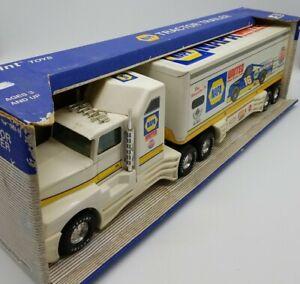 Nylint Napa Tractor Trailer Semi Truck #361-N Ron Hornaday Jr. 1996 Racing Steel