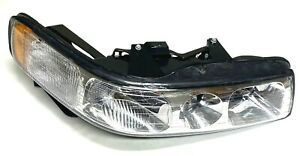 New OEM GM Cadillac Seville Head Light Passenger Side Right  2001-04 19208052