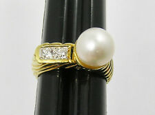 18kt Yellow Gold Cassis Cultured Pearl and Diamond Ring