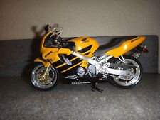 Honda Cbr F-4~Model Street Bike Motorcycle~Yellow /Black/Silver~ 7in (L)x 4in(H)