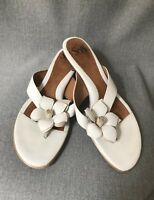Sofft Sandals 8.5 M White Women's Shoes Leather Slides .