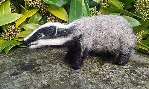 Badger Needle Felt Kit British Wool Unboxed WULYDERMY