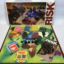 VINTAGE RISK, THE WORLD STRATEGY BOARD GAME BY PALITOY. COMPLETE.