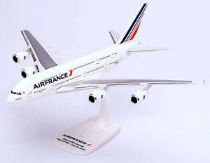 """Air France A380 """"Farewell Flight""""  Plastic Model Aircraft 1/250 Scale HE60846600"""