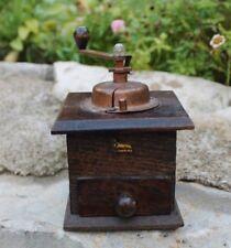 ancien petit moulin a poivre  brulet ( moulin a café )