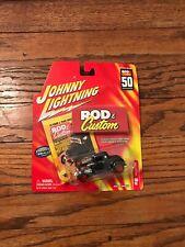 NEW 2001 Johnny Lightning 1:64 Rod & Custom #6, 1932 Ford Coupe Hotrod Hot Rod
