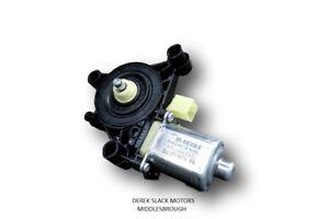 GENUINE SKODA OCT / SUPERB / KODIAQ / VW GOLF   RHF WINDOW MOTOR 5Q0959802B