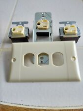 NEW  PASS & SEYMOUR 3-WIRE GROUNDING SINGLE OUTLET IVORY 1432