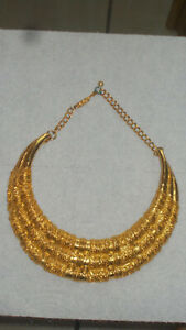 SIGNED JUDITH LEIBER HAUTE COUTURE GORGEOUS GOLD TONE COLLAR  NECKLACE