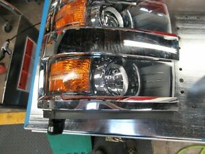 Chevy Silverado Right Side headlamp, 23389971