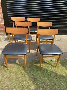 6 Mid Century Dining Chairs With Black Vinyl Seats