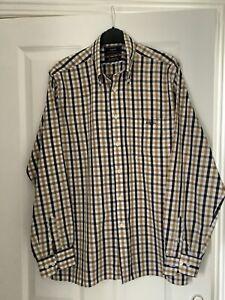 Men's HENRI LLOYD Checked Long Sleeved Shirt Size Medium New Never Worn
