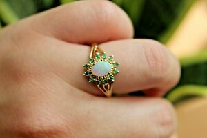 9ct yellow gold white oval opal with round emerald halo ring P 1/2 2.0g