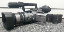 Sony Handycam DCR-VX2100E Professional MINI DV Camcorder 3CCD con 3 Batterie