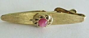 beautiful vintage designer men's collectible Swank tie clip with set stone