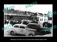 OLD LARGE HISTORIC PHOTO OF THENDARA NEW YORK, CROWD AT RAILROAD STATION c1945