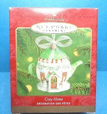 "Hallmark ""Cozy Home"" Ornament 2001"