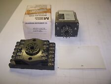 NEW MIGHTY MODULE WILKERSON 115 VAC TRANSMITTING RELAY MM1002 WITH BASE PF-202