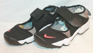 KIDS NIKE AIR RIFTS BLACK RED TRAINER 322359-060