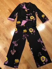 Beautiful Vintage ! 1970's Ladies 2 Piece Black Floral Lounge/Satin Trim-S/M