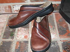 Womens Clarks Leather Shoes Size 9 9M