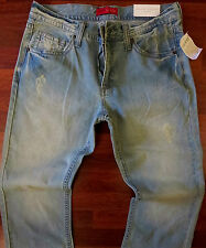 Guess Relaxed Straight Leg Jeans Men Size 30 X 32 Mid-Rise Light Distressed Wash