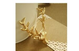 Vintage Look Gold Nordic Reindeer Brooch Collar Pin