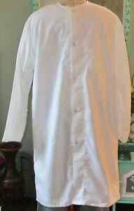 "Jewel Neck Collarless L/S Lab Coat Snaps & Pocket 41"" Length Sz M to XL White"
