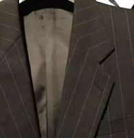 Uomo Petrocelli Men's  Charcoal Grey Pinstripe Suit 40R Pre Owned Excellent Cond