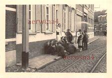 Belgische Bevölkerung auf Straße in Antwerpen Belgien