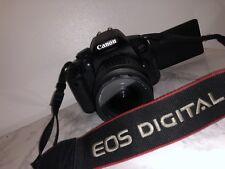 Canon EOS 700D-fotocamera DSLR con obiettivo 18-55mm KIT, Batteria + Caricabatteria