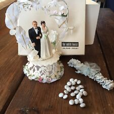 VINTAGE 1952 HANDPAINTED WEDDING CAKE TOPPER, Dress Buttons, Garter, Box