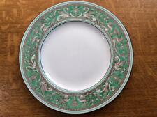 "Wedgwood Green Florentine bone china10 3/4"" dinner plate plain center W799"