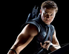Jeremy Renner UNSIGNED photo - G1123 - The Avengers