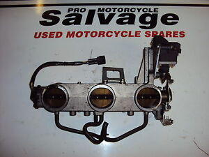 TRIUMPH SPEED TRIPLE 1050 2005 2006:THROTTLE BODIES:USED MOTORCYCLE PARTS
