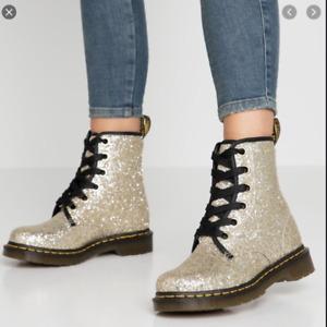 Dr. Martens 1460 FARRAH Glitter women's  Leather boots GOLD MSRP$165