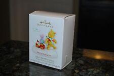 2012 Hallmark Baby's 1st Xmas Disney Winnie the Pooh Piglet Keepsake ornament