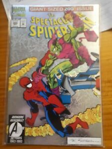 Marvel Comics - Spectacular Spiderman #200 with a foil cover.
