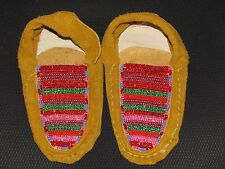 NATIVE AMERICAN BEADED MOCCASINS 1/2 INCHES LONG GLEAMING LAYERS BEADED RED GREN