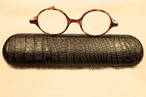 FAUX TORTOISE 1920's ENGLISH  READING GLASSES & LIZARD DESIGN VELLUM CASE!
