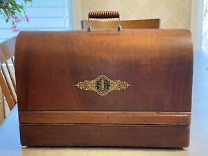 Antique Singer Sewing Machine Bentwood Case FULL Size  201, 15-91 66 w/Key, VGC