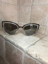 Quay Australia Sunglasses Women's AVALON Clear//Silver NWT incl Soft Case