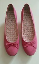 Clarks Pink Court Shoes With Bow - Size 4