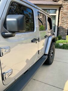 Santi's Caps™️ 18-20 Jeep Wrangler JL Door Lock Caps