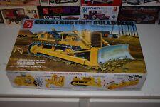 AMT Construction Bulldozer Caterpillar D8 Kit NEW