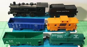 Marx O scale Scarce DC Motor Engine, and five  4-wheel freight cars Set VG+