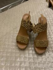 dune wedges size 5 gold woven