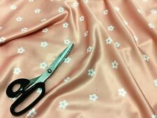 *NEW* Soft Powder Touch Satin Salmon Pink Floral Daisies Print Fabric *FREE P&P*