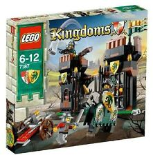 Lego 7187 Castle Escape from Dragon's Prison ** Sealed Box