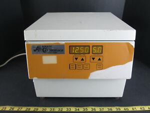 Accurate Koala-TY Micro Centrifuge Series Eight Model 8280 Sciene Lab Equipment